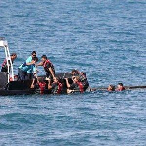 Kaçak teknesi battı: 6 ölü 3 kayıp
