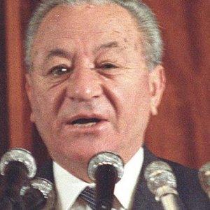 Eski Adalet Bakanı hayatını kaybetti