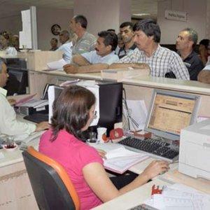Kamudan ihraç edilen 8 bin kişi göreve iade edildi