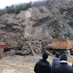 Kastamonu'da 13 köy yolu kapandı