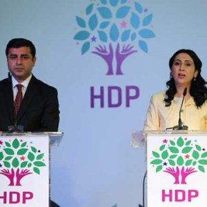 Son ankette Doğu ve Güneydoğu'da HDP'ye şok !