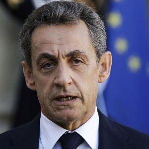 Türkiye düşmanlığı da Sarkozy'i seçtiremedi