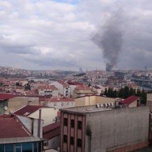 İstanbul'da 24 saatte 2. büyük yangın