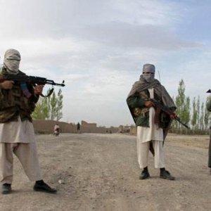 Terör örgütü 6 kişiyi kaçırdı