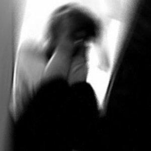 3 kadının kapısına iç çamaşırı bırakıldı !