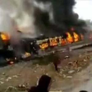 Trenler kafa kafaya çarpıştı: 8 ölü, 50 yaralı