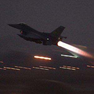 IŞİD hedeflerine bomba yağdı