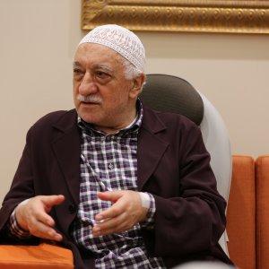 Fetullah Gülen'in gizli mesajları oyun CD'lerinde