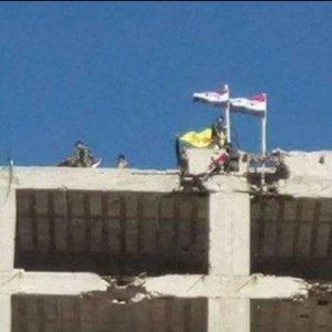 Halep'te kritik gelişme ! O örgütün flaması asıldı