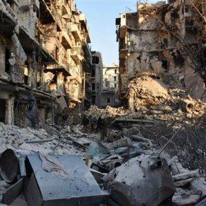 Halep'in yüzde 30'u Esad'a geçti !