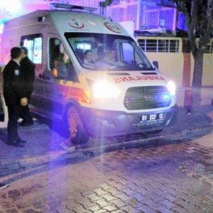 9 öğrencinin cesedi bir ambulansta...