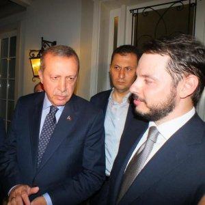 O uçak Cumhurbaşkanı için İzmir'den gitmiş