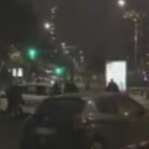 Paris'ta silahlı baskın !