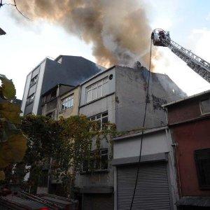 İstanbul Beyoğlu'nda yangın