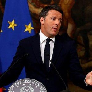 İtalya'da referandum sona erdi ! Başbakan'dan istifa kararı