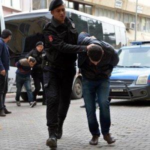 Polisi şehit eden PKK'lı zırhlı araçla getirildi