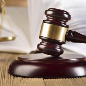 Milletvekili danışmanına taciz cezası