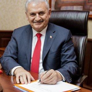 Başbakan Yıldırım tarihi imzayı böyle attı