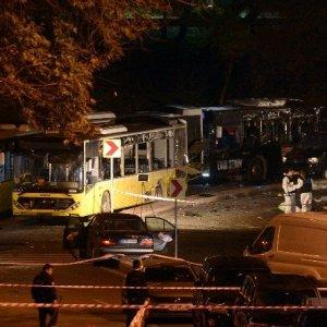 İstanbul'daki saldırıya dünyadan ilk tepkiler