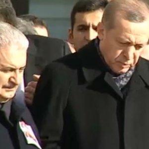 Beşiktaş şehitlerine ilk tören