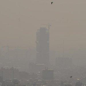 Hava kirliliği komşu ülkede okulları tatil ettirdi