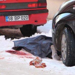 Sokak ortasında korkunç cinayet