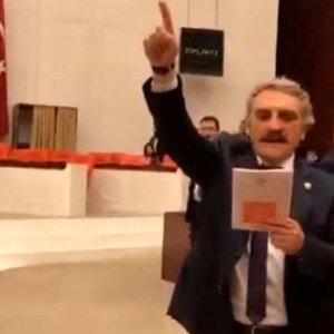 Meclis'te tutuklu HDP'lileri sayan vekile şehitlerle yanıt