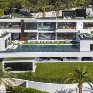 ABD'nin en pahalı evi görenleri büyülüyor