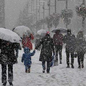 Meteoroloji açıkladı ! Kar geri dönüyor