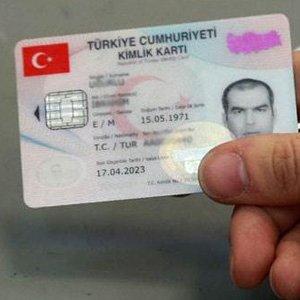 """İstanbul Valiliği'ndan """"kimlik"""" açıklaması"""