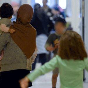 12 bin sığınmacıya geri kabul