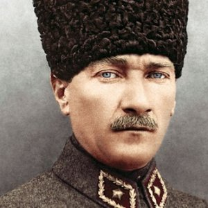 Yeni müfredatta Atatürk yok