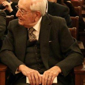 Eski Dışişleri Bakanı Halefoğlu vefat etti