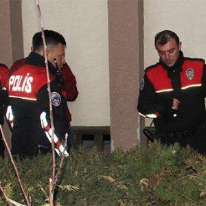 Bahçeye atılmış suikast silahı bulundu