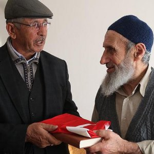 Halisdemir'in babasından Safitürk'ün ailesine taziye ziyareti