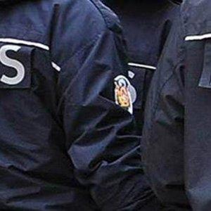 8 doktor FETÖ'den gözaltında