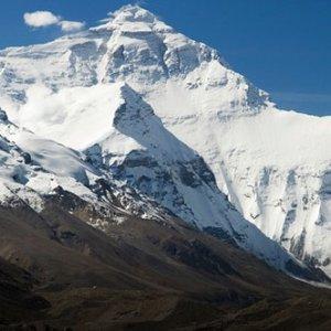 Everest'in yüksekliği tekrar ölçülecek