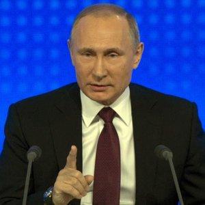 Rusya Devlet Başkanı Putin'den tartışmalı karar