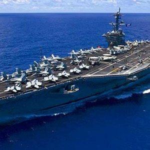 ABD savaş gemileri sıcak bölgede !