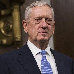 ABD Savunma Bakanı Mattis'ten Bağdat'a sürpriz ziyaret