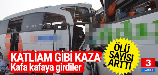 Yolcu otobüsleri çarpıştı: 8 ölü, 14 yaralı !