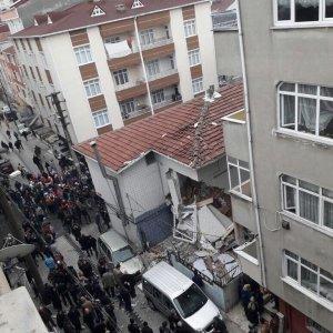 İstanbul'da patlama ! Yaralılar var