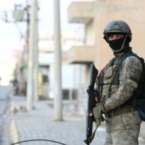 O ilde PKK elebaşısı 4 terörist öldürüldü
