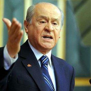Bahçeli'den MHP'li muhaliflere: Partinizi kurun da gelin