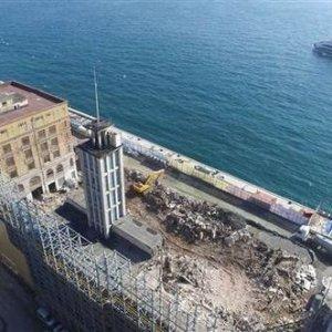 İstanbul'daki tarihi salon yıkıldı