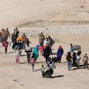 Musul'un batısında ilk tahliye gerçekleşti