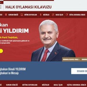 AK Parti'den halk oylamasına özel web sitesi