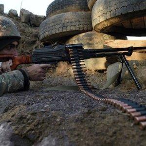 Azerbaycan'dan Ermenistan ordusuna darbe