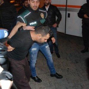İstanbul'da 600 polisle dev operasyon: 35 gözaltı