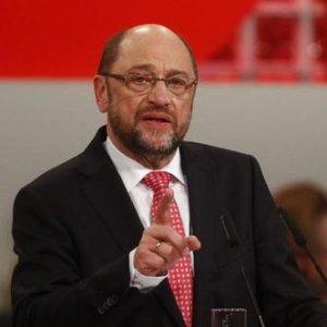 Merkel'in rakibi Schulz'dan Erdoğan'a şok tepki